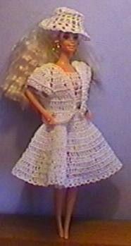 rang : 1 B et répeter Barbie And Ken, Barbie Dolls, Marie, Doll Clothes, Accessoires Barbie, Chiffons, Dresses, Patterns, Clothing