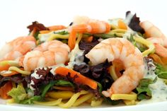 Seafood pasta is a quick and delicious dinner for two. Seafood pasta is a quick and delicious dinner for two. Stir Fry Recipes, Healthy Recipes, Healthy Cooking, Lunch Recipes, Diet Recipes, Healthy Food, Garlic Recipes, Healthy Chicken, Healthy Weight