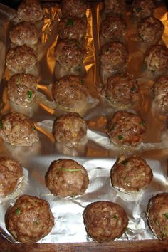 Lili popotte: Boulettes passe-partout Meatball Recipes, Beef Recipes, Cooking Recipes, How To Cook Meatballs, Beignets, Tex Mex, Buffet, Casserole, Food And Drink
