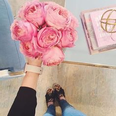 Nothing like some fresh blooms to brighten up a room! @houseofharper Reposted Via @aollifestyle: http://www.aol.com/lifestyle/