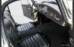 1962 MGA 1600 Mk11 coupe interior- simple but quality finish