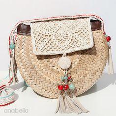 Crochet Bags Design Mini Bohemian summer bag, by Anabelia Craft Design Crochet Shell Stitch, Pineapple Crochet, Crochet Handbags, Crochet Bags, Diy Handbag, Boho Bags, Purse Patterns, Cute Purses, Summer Bags