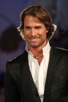 Sebastian Rulli, so amazingly handsome