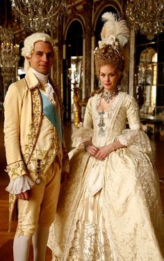 Louis XVI and Marie Antoinette. Still from Farewell My Queen. 18th Century Dress, 18th Century Costume, 18th Century Clothing, 18th Century Fashion, Period Costumes, Movie Costumes, Historical Costume, Historical Clothing, Rococo Fashion