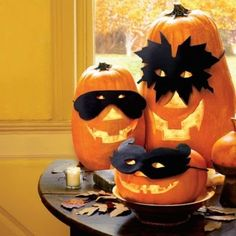 Don't be that person who plops a plain ol' pumpkin on their doorstep.