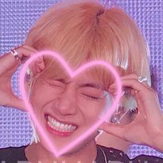 hiatus Daegu, Bts Photo, Foto Bts, Foto Rap Monster Bts, V Video, Bts Aesthetic Pictures, V Taehyung, Jimin Jungkook, Bts Edits