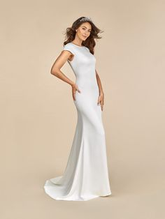 Moonlight Tango perfectly blends contemporary details with royal wedding vibes. Made from a silky crepe back satin material, this gown will serve looks with its lavish couture style. Fit And Flare Wedding Dress, Fall Wedding Dresses, Wedding Dress Sleeves, Bridesmaid Dresses, Dresses With Sleeves, Bridal Gown Styles, Bridal Gowns, Satin Gown, Satin Dresses