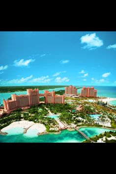 Atlantis...Will be stopping here on our criuse in Aug!! YAY :)