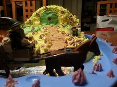 Lord of the rings hobbit house cake. Doing a lord of the rings movieathon.