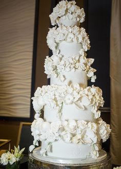 Amy Beck Cake Design Chicago Il 5 Tier White Wedding With