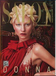 E sempre in tema Fuente, è uscito il nuovissimo numero della rivista Salon International... con una sorpresa. Sì, ma non una sorpresa normale, bensì una sorpresa doppia! Morite di curiosità? Allora, a tra pochissimo :-)