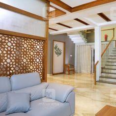#ContemporaryDesign #ModernHouse #HousePlan #Homestyle  വെല്ലുവിളി നിറഞ്ഞ സ്ഥലത്ത് ഉയർന്ന വീട് കണ്ടോ! പ്ലാൻ...