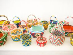 From Fine Little Day: Hama/Perler bead baskets - if only I could figure out how to make these Perler Beads, Fuse Beads, Bead Crafts, Arts And Crafts, Diy Crafts, Art Perle, Diy Couture, Beaded Bags, Beaded Ornaments