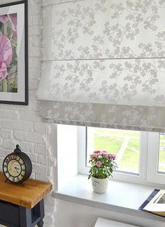 Increase the Value of Your House with Shades, Shutters and Blinds, Functional Window Decorating Ideas – Furniture and Door Decoration Shutter Blinds, Blinds For Windows, Windows Decor, Window Blinds, Blinds Design, Window Design, Fabric Blinds, Curtains With Blinds, Brighten Room