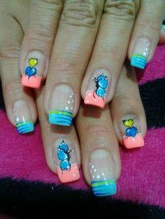 Viviana Bling Nail Art, Bling Nails, Nail Polish Designs, Nail Art Designs, Butterfly Makeup, Chevron Nails, Nail Effects, Funky Nails, Accent Nails