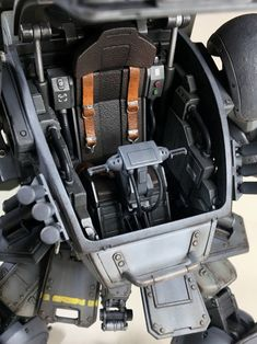 模型・プラモデル投稿コミュニティ【MG-モデラーズギャラリー】ガンプラ|AFV|ジオラマ| - スコープドック(ATM-09-ST) Robot Shop, Real Robots, Japanese Robot, Knights Helmet, Sci Fi Models, Robot Concept Art, Custom Gundam, Suit Of Armor, Conceptual Design