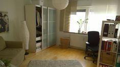 Zimmer+auf+der+rechten+Seite+(unvermietet-+noch+mit+Möbeln)