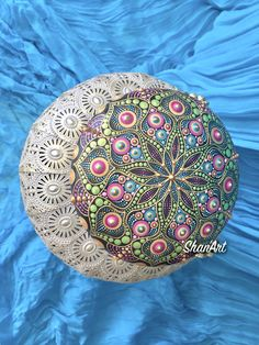 Acrylic Mandala on wooden pebble Mandala Art, Mandala Painted Rocks, Dot Art Painting, Love People, Beach Mat, Outdoor Blanket, Dots, Bella, Inspiration