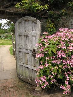Wooden dutch garden gate