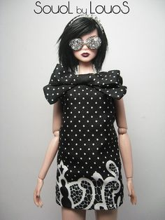 cute dress - diggin' the glasses, too