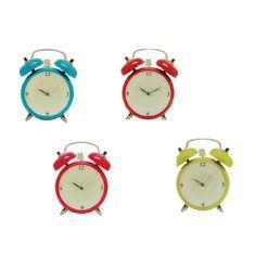 El Reloj de Pared de Cristal con forma de Despertador es sin duda un reloj de pared super original. Si quieres distinguir algún espacio de tu casa, aprovecha esta oportunidad y hazte con uno de ellos. Las medidas del reloj de pared es de 34 x 30 cm Disponible en 4 colores servidos de forma aleatoria según stock disponible. Funciona con 1 pila AA.