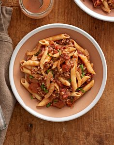 17 Italian Recipes That Practically Prep Themselves in Your Slow Cooker This two-part Italian pasta recipe might be one of the easiest pasta party entrées you'll ever whip up. Slow Cooker Italian Beef, Slow Cooker Pasta, Beef Pasta, Slow Cooker Recipes, Crockpot Recipes, Cooking Recipes, Chicken Pasta, Italian Pasta Recipes, Italian Soup