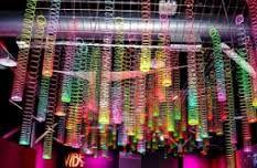 Resultado de imagem para convites para neon party