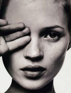 Half hidden. Kate Moss.