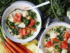 Caprese Salad, Pasta Salad, Paella, Meat, Chicken, Ethnic Recipes, Kitchen, Crab Pasta Salad, Cooking