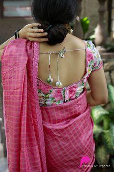 Cotton Saree Designs, Fancy Blouse Designs, Blouse Neck Designs, Kurta Designs, Blouse Styles, Plain Saree, Saree Photoshoot, Saree Trends, Designer Blouse Patterns