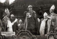 kaiserkrönung ungarn 1916   ... König von Ungarn. Kaiser Karl I leistet den Eid. Photographie. 1916