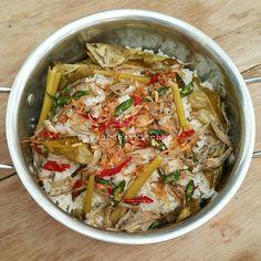 Resep Nasi Liwet Teri by Xanderskitchen ~ TTM Rice Recipes, Asian Recipes, Mexican Food Recipes, Cooking Recipes, Ethnic Recipes, Nasi Liwet, Nasi Bakar, Nasi Lemak