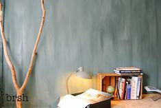 Kalkverf Haarlem | Minerale kalkverf in de kleur Atria. Wandafwerking met kalkverf geeft een interieur een prachtig uiterlijk. Opgebracht door de applicateurs van brsh.