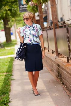 Cute outfit for work.  The cut of the skirt (is this A-line?) with pretty print blouse. s e e r s u c k e r + s a d d l e s: Lilac Loves Navy