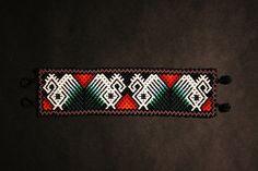 Geometric Bracelet Huichol Bracelet Beaded by BiuluArtisanBoutique Seed Bead Bracelets, Seed Bead Jewelry, Beaded Jewelry, Beaded Necklace, Peyote Stitch Patterns, Loom Patterns, Beading Patterns, Native American Jewellery, Groomsmen