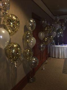Glitter balloons 30th Birthday Cakes For Men, Birthday Party Tables, 90th Birthday, Birthday Balloons, Glitter Balloons, Big Balloons, Gold Party Decorations, Birthday Party Decorations, Disney Princess Decorations