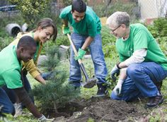 Check out this list of ideas for fun, unique community service projects. Do something good for the community while also adding to your resume. Community Project Ideas, Community Service Projects, Community Activities, Community Service Volunteers, Community Service Hours, My Community, Teen Issues, Service Learning