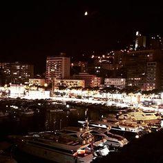 #PortHercule Ora a nanna!!! Dolce notte!!! ✨✨⭐️✨ #vilasciocosi#dolcenotte #cotedazur #hollyday #monaco #summer2015 #portodimonaco #dolcenotteatutti#✨⭐️ by signorinatizi from #Montecarlo #Monaco