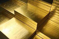 Book design inspiration – A book that looks like a gold bar Gold Bullion Bars, Bullion Coins, Book Design Inspiration, I Love Gold, Gold Reserve, Gold Money, Precious Metals, Black Gold, Gold Gold