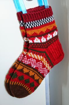 Toiset raanusukat Knitting Designs, Knitting Projects, Knitting Patterns, Wool Socks, Knitting Socks, Marimekko Fabric, Designer Socks, Ankle Socks, Bunt