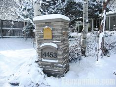 Windsor Dry Stack Mailbox Column - Artificial stone mailbox columns withstand the elements better than real stone and able to resist all forms of harsh climate, deterioration and general wear and tear. Mailbox Post, Mailbox Ideas, Mailbox Designs, Outdoor Projects, Outdoor Decor, Outdoor Spaces, Outdoor Stuff, Outdoor Ideas, Outdoor Living