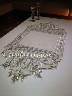 Halide Duman Gold Embroidery, Vintage Embroidery, Embroidery Dress, Machine Embroidery Patterns, Embroidery Designs, Velvet Armchair, Gold Work, Heirloom Sewing, Cutwork