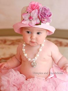 Can you believe it's already time to plan for Easter baby photos! Check out our top 10 most adorable Easter baby photos! Precious Children, Beautiful Children, Beautiful Babies, Baby Pictures, Baby Photos, Little People, Little Ones, Sweet Pic, Everything Pink