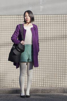 東京・代官山 Daikanyama, TOKYO. Aru Takimoto, university student. H top, Croon a Song coat, I Am I pants and shoes, Rootote bag, Have a Good Time cap.