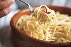 Antonio Carluccio's spaghetti with garlic oil and chilli recipe