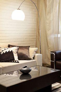 living wohnzimmer salone sofa interior ritratto wolldecke cosy siede sorridere donna nel che pngtree hamburgportal fotografia