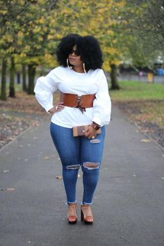 41 Splendid Plus Size Date Night Outfits Ideas To Try Asap - Dating? Wouldn't it be nice to have a wardrobe of date-worthy clothes that would really flatter your plus size figure?Yes, I know he loves you for you. Curvy Women Fashion, Look Fashion, Autumn Fashion, Fashion Outfits, Womens Fashion, Fashion Ideas, Looks Plus Size, Look Plus, Curvy Outfits
