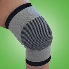 Made with activated bamboo charcoal that provides unique, self-warming technology. Unlike normal supports, it activates with your body heat to bring restorative warmth to your muscles, cartilage, and joints. Natural heat can increase blood circulation, which in turn delivers proteins, nutrients, and oxygen to the affected area.