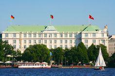 Description Hotel Atlantic Kempinski Hamburg.jpg
