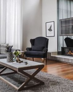 I really enjoyed working with my Mt Waverly clients, furnishing their brand new home. I helped them source, deliver and style furnishings for every room of their home. From furniture, to rugs, artwork, lighting and even the homewares! All they had to do was move in and enjoy!! 💁♀️🏠🥂 . if you don't have the time nor the patience finding the perfect pieces for your home, get in touch! 📷by @katehansenphotography .